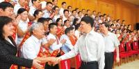 谢伏瞻寄语河南优秀教师代表:努力办好人民满意的教育 - 教育厅