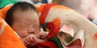 刚满月婴儿坐火车不哭闹?郑州铁警凭此细节破获跨省贩婴大案 - 河南一百度