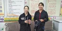 返程中的马大哈可不少 郑州一公交车长两天捡9个包 - 河南一百度