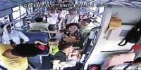 女童公交上高热引起抽搐 车长为赶时间甩客、闯红灯 - 河南一百度