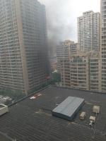 郑州一小区发生爆炸起火事故 伤者90%烧伤尚未脱离生命危险(视频) - 河南一百度