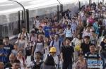 2018年全国铁路暑运落下帷幕 - 河南频道新闻