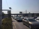 郑州南四环路口施工车致拥堵 交警建议这样绕行 - 河南一百度