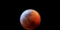 超级红月亮现加州 - 河南频道新闻