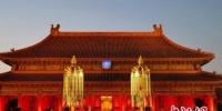 故宫天灯万寿灯复原品拍卖 2005万善款捐贫困地区 - 河南频道新闻