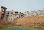 荥阳故城被垃圾环绕,全国重点保护文物旁建房子 - 河南一百度